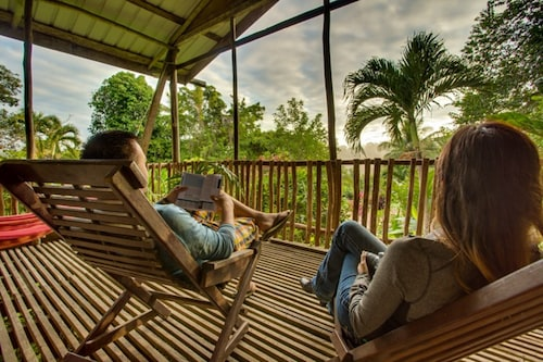 Maya Mountain Lodge & Tours,