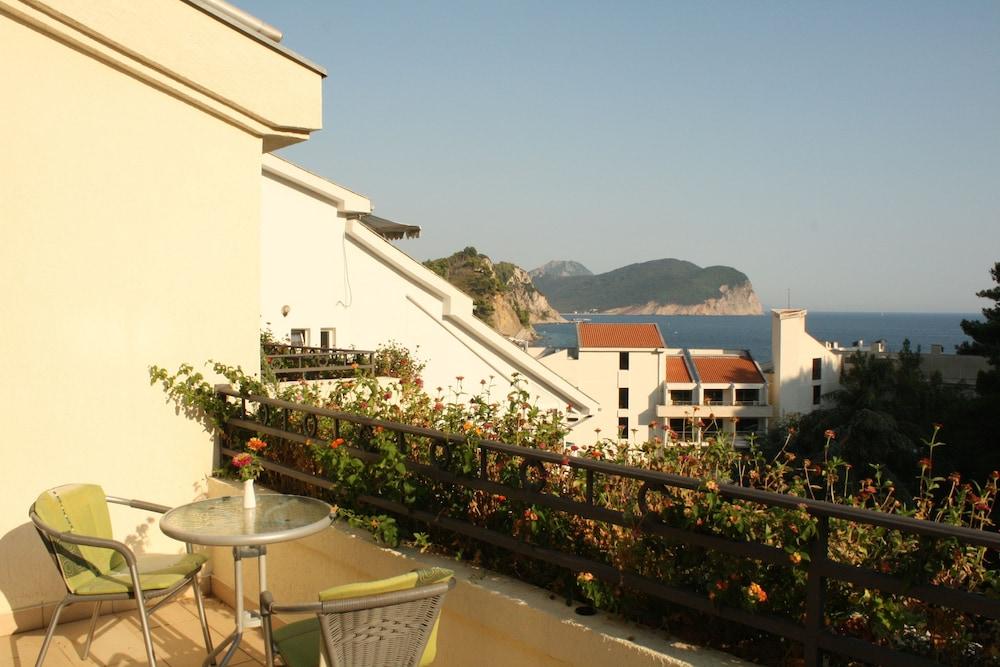 Hotel Danica,