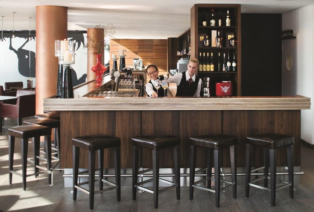 movenpick hotel stuttgart airport classic vacations. Black Bedroom Furniture Sets. Home Design Ideas