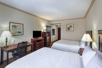 Two Queen Beds, Non-Smoking