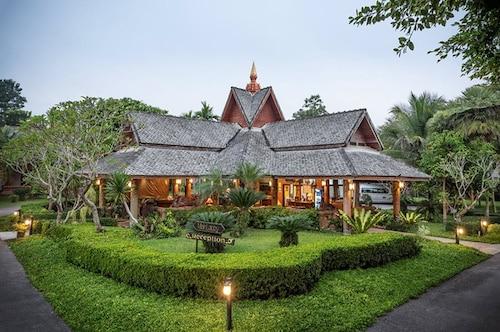 . Phowadol Resort & Spa