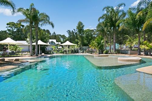. Raffertys Resort