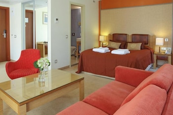 Deluxe Room (with balcony & SPA access)