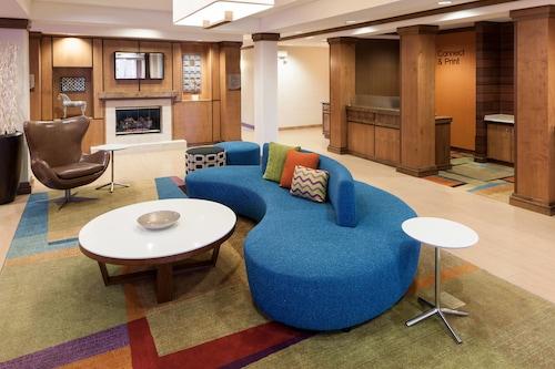 . Fairfield Inn & Suites Ruston