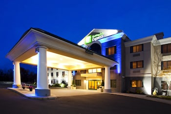 Hotel - Holiday Inn Express Syracuse Airport