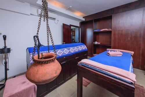 Hotel Topaz, K.F.G. & G. Korale