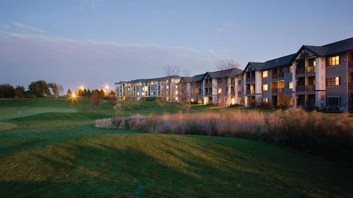 . Holiday Inn Club Vacations at Lake Geneva Resort