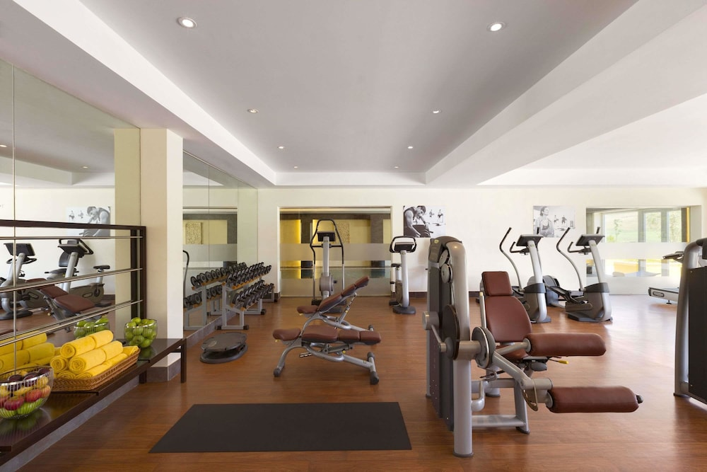 Health and Fitness : Fitness Facility 50 of 154