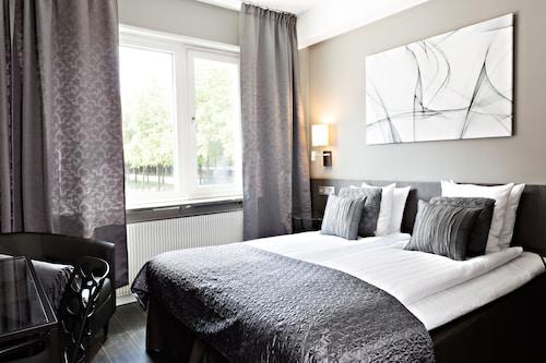 Goteborg - Sure Hotel by Best Western Allen - z Warszawy, 1 kwietnia 2021, 3 noce