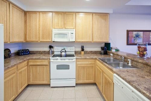 Caribe Cove Resort by Wyndham Vacation Rentals image 18