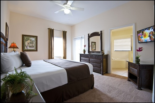 Caribe Cove Resort by Wyndham Vacation Rentals image 8