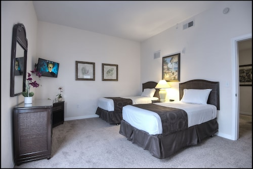 Caribe Cove Resort by Wyndham Vacation Rentals image 10