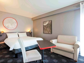 Standard Suite, 1 Double Bed, Connecting Rooms