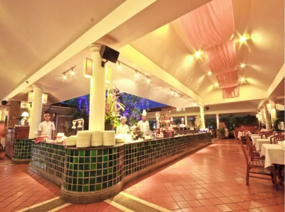푸켓 오키드 리조트 & 스파(Phuket Orchid Resort and Spa) Hotel Image 68 - Restaurant