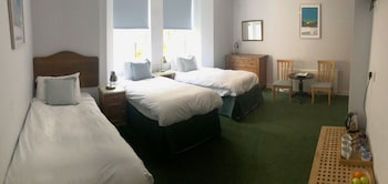 Triple Room, 3 Single Beds (Lower Ground Floor)
