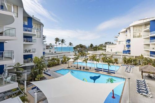 . Oaks Hervey Bay Resort and Spa