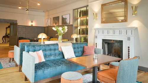 . Lahinch Coast Hotel & Suites
