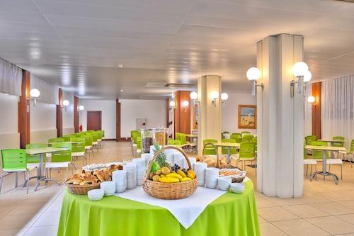 Praia Dourada Hotel, Porto Santo