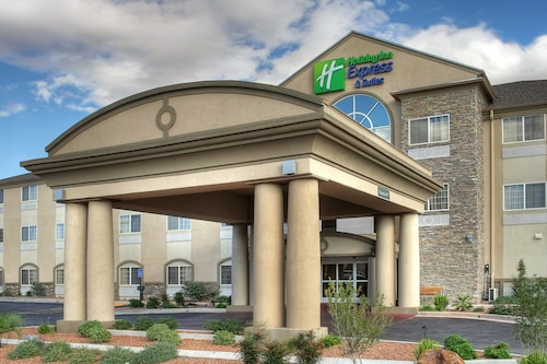 . Holiday Inn Express Carlsbad, an IHG Hotel