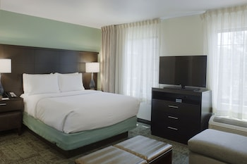 Room, 1 Queen Bed, Accessible, Kitchen (Hearing, Roll-In Shower)