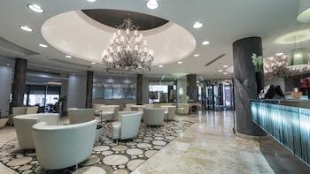 Hotel - AX │ The Palace