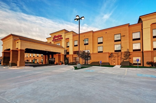 . Hampton Inn Suites Altus