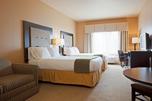. Holiday Inn Express & Suites Eau Claire North, an IHG Hotel