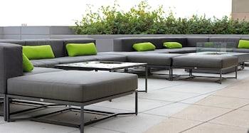 Terrace/Patio at Le Meridien Arlington in Arlington
