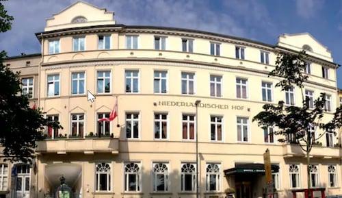 __{offers.Best_flights}__ Hotel Niederländischer Hof Schwerin