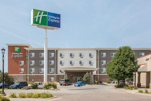 . Holiday Inn Express Hastings