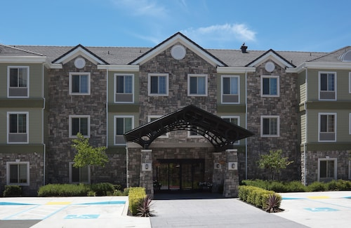 . Staybridge Suites Fairfield Napa Valley Area, an IHG Hotel