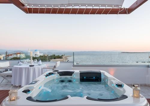 . Oasis Beach Hotel