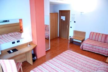 Hotel Romanisio - Guestroom  - #0
