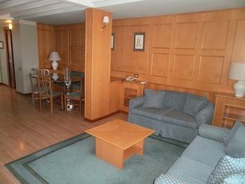 Penthouse Suite (3 pax)