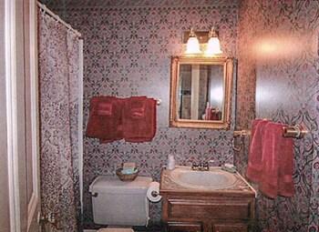 The Doctor's Inn - Bathroom  - #0