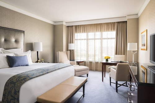 . The Ritz-Carlton, Dallas
