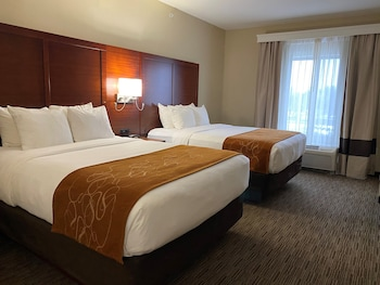 Suite, 2 Queen Beds with Sofa bed, Accessible, Non Smoking