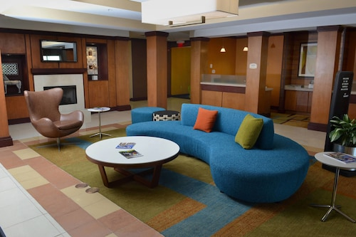 . Fairfield Inn & Suites Marriott Effingham