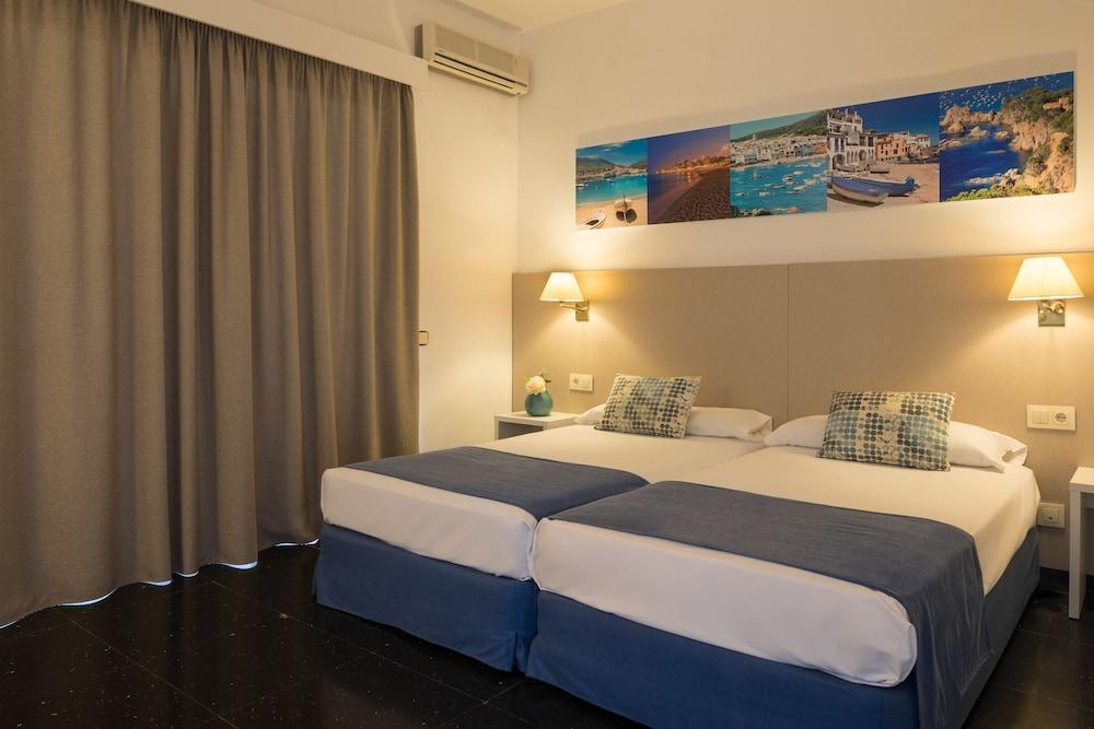 https://i.travelapi.com/hotels/2000000/1720000/1712300/1712222/108e906f_z.jpg