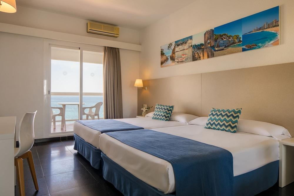 https://i.travelapi.com/hotels/2000000/1720000/1712300/1712222/340e86b9_z.jpg
