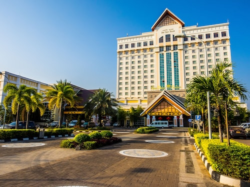 . Don Chan Palace, Hotel & Convention