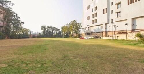 Sarovar Portico Ahmedabad, Ahmadabad