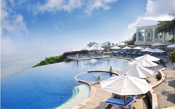 Hotel - Blue Point Bay Villas and Spa