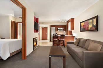 Deluxe Suite (Premium, 2 Double Beds with Sofa bed)