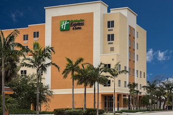 Hotel - Holiday Inn Express & Suites Fort Lauderdale Airport South