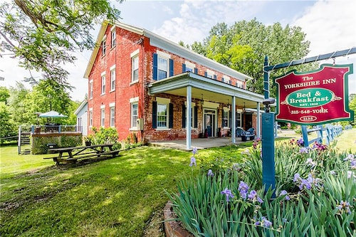The Yorkshire Inn, Ontario