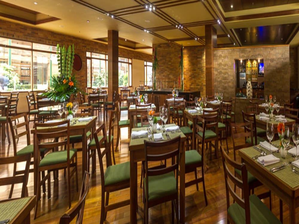 호텔 하비텔 이 센트로 데 콘벤시오네스(Hotel Habitel y Centro De Convenciones) Hotel Image 33 - Restaurant