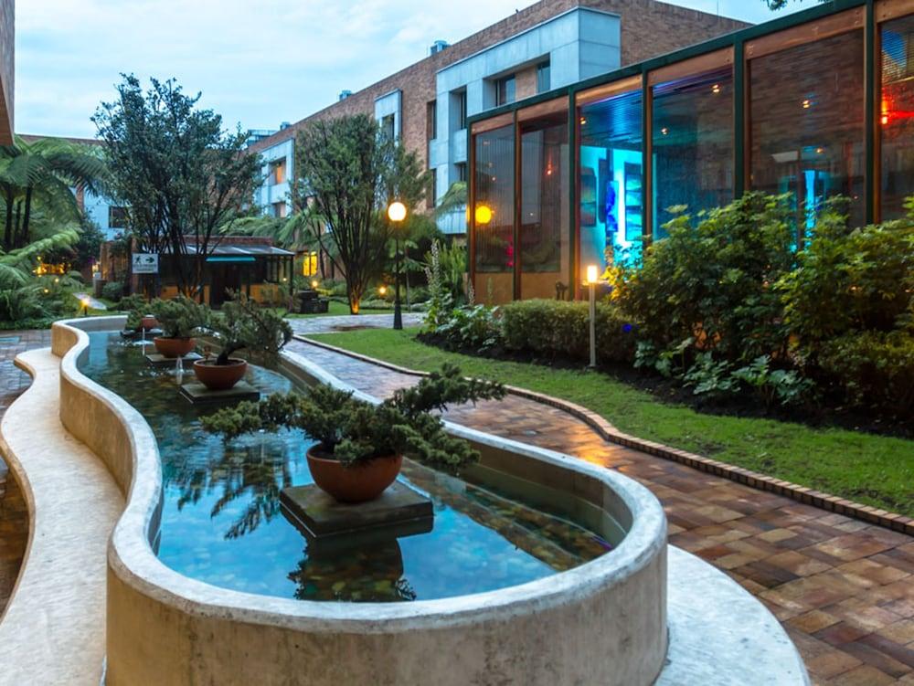 호텔 하비텔 이 센트로 데 콘벤시오네스(Hotel Habitel y Centro De Convenciones) Hotel Image 51 - Garden