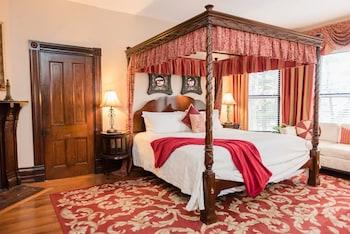 Room, Private Bathroom (Vanderbilt Room)