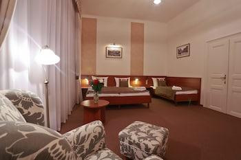 Comfort Triple Room, Garden View